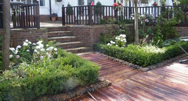 Existing planting was re-used where possible and added to with a mix of deciduous and evergreen shrubs and perennials.