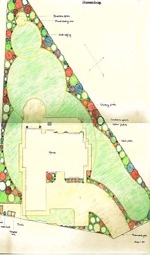 Garden Design Ideas For Small Triangular Gardens : Image of family garden design