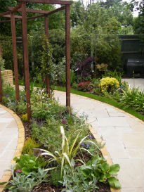 picture of wide paths around the garden