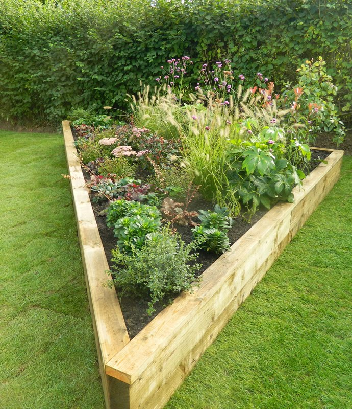 The sussex gardener blog for Garden designs for triangular gardens