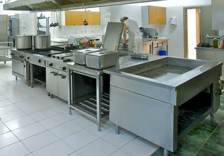 Stainless steel for the commercial kitchens sector - Commercial stainless steel kitchen island ...