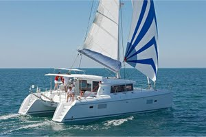 Lagoon 421 for yacht charter