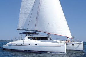 Bahia 46 yacht for charter
