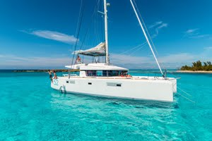 Luxury yacht charters in Greece