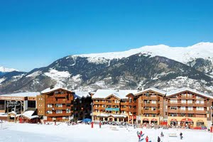 skiing holidays to France