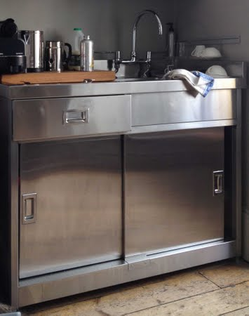 Stainless Steel For The Kitchen Base Cabinet With Integral