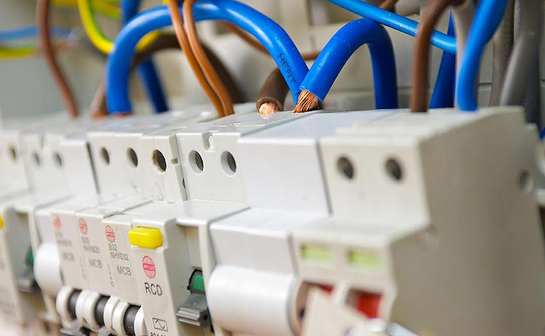 Peachy Four Things To Consider When Replacing A Consumer Unit Wiring 101 Capemaxxcnl